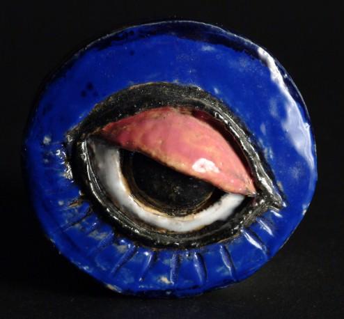 Petite pièce pour chasser le mauvais oeil - Bleu paupière rose - COVILLE_JACKY_455