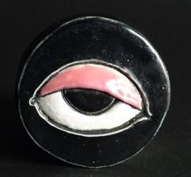 Petite pièce pour chasser le mauvais oeil - Noir paupière rose