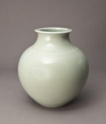 DEBLANDER Robert - Gros vase rond céladon, col méplat
