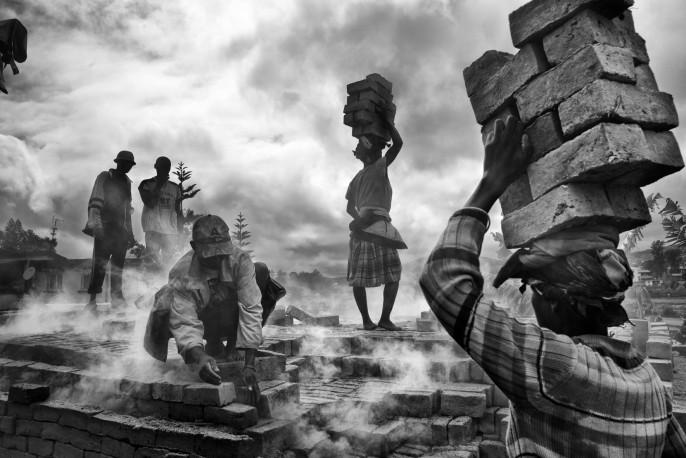 Série Briques, Fianarantsoa, 2014 - n°1/15 - PIERROT_MEN_174
