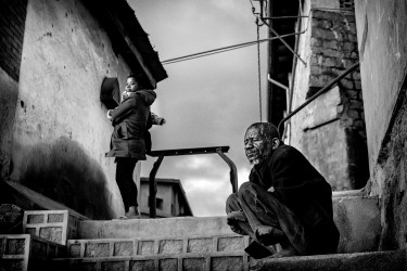 Francis, le gardien de la vieille ville, Fianarantsoa, Madagascar, n° 1/30 - 2020